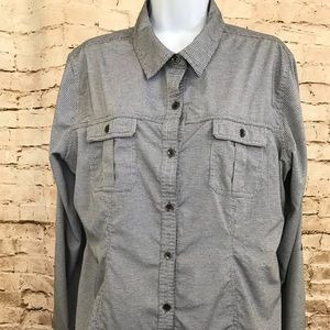 Royal Robbins Sz L Button Down Blouse Checked